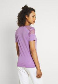 Morgan - DIETER - Camiseta básica - lilac - 2