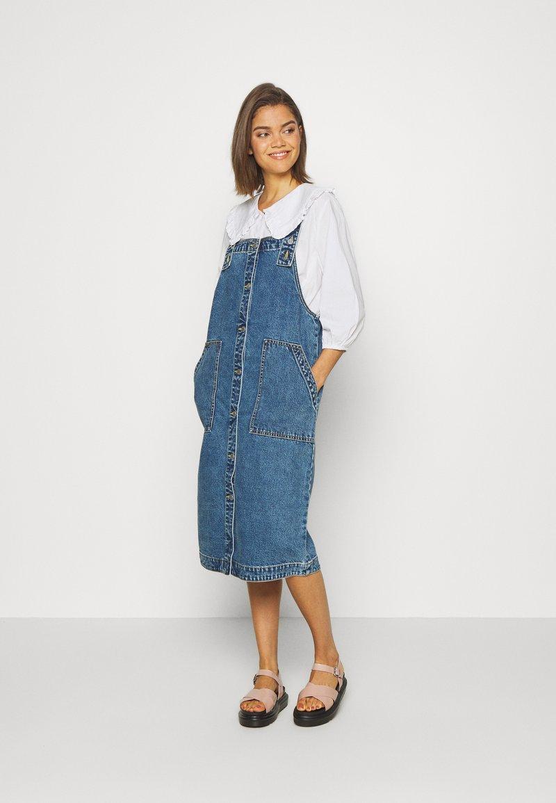 Monki - MARIA DRESS - Denim dress - blue medium dusty blue