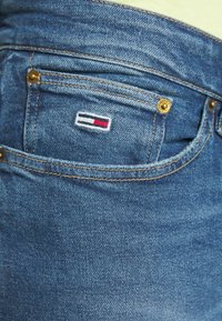 Tommy Jeans - SCANTON - Slim fit jeans - bright blue - 4