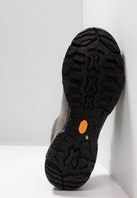 Scarpa - MOJITO TRAIL GTX - Hiking shoes - midgray - 4
