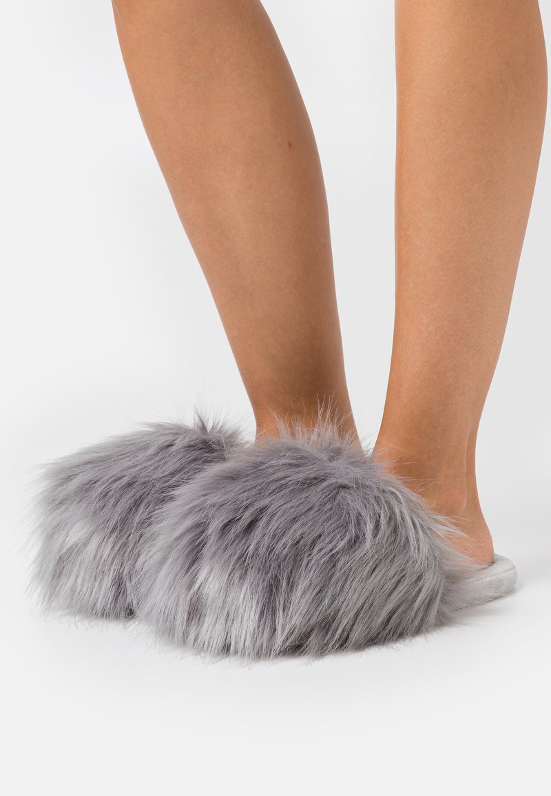 South Beach - TOP UP - Slippers - grey