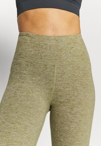 Cotton On Body - SO PEACHY CAPRI - Leggings - oregano marle - 3
