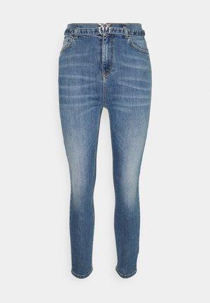 SUSAN - Jeans fuselé - light blue denim