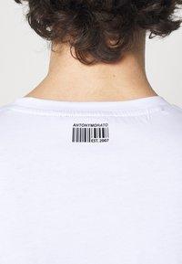 Antony Morato - SLIM FIT WITH LOGO - Camiseta estampada - bianco - 3