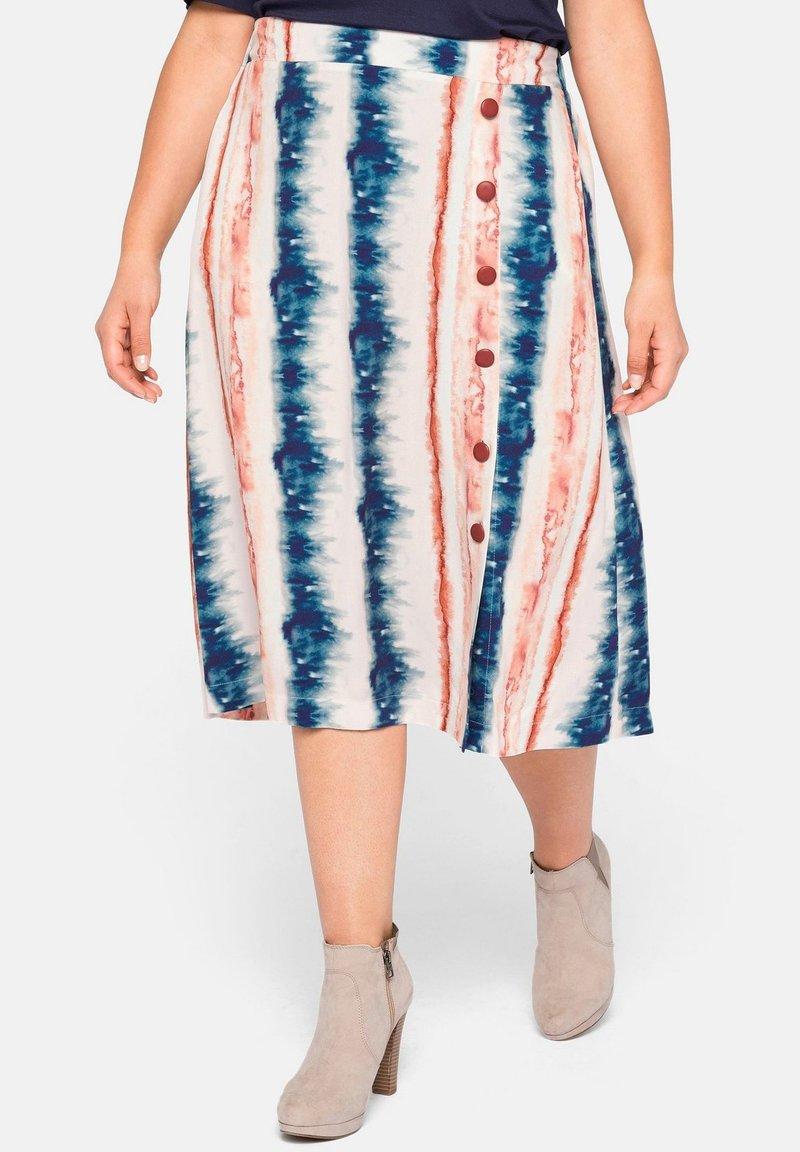 Sheego - A-line skirt - weiß bedruckt