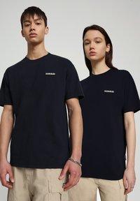 Napapijri - S-PATCH SS - T-shirt basic - blu marine - 2