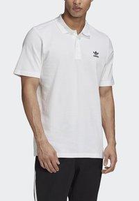 adidas Originals - TREFOIL ESSENTIALS POLO SHIRT - Polo shirt - white - 4