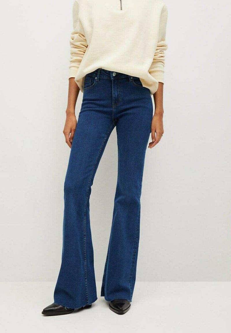 Mango - FLARE - Široké džíny - donkerblauw