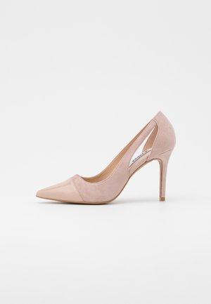 Hoge hakken - light pink
