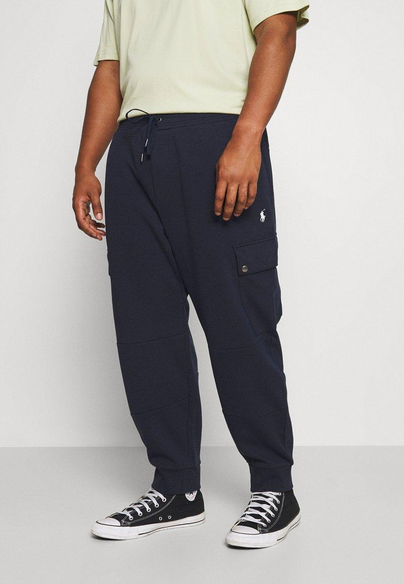 Polo Ralph Lauren Big & Tall - Cargo trousers - aviator navy