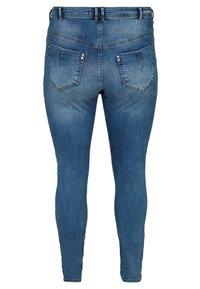 Zizzi - NILLE  - Jeans Skinny Fit - blue - 1