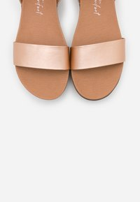 New Look - GENIUS - Sandály na platformě - rose gold - 5