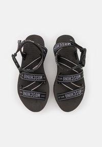 MOSCHINO - Korkeakorkoiset sandaalit - nero - 4