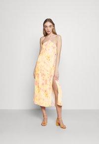 Fashion Union - SAUNTER DRESS - Robe d'été - watercolour - 0