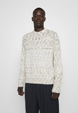LONG SLEEVE CASH CREW NECK - Strikkegenser - off-white