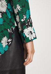 Paul Smith - SHIRT - Button-down blouse - black - 6