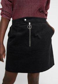 Glamorous Curve - RING PULL SKIRT - Mini skirt - black - 4