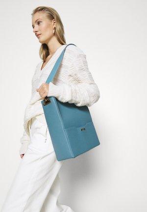 BUCKET - Handbag - light blue