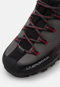 La Sportiva - TRANGO TRK GTX - Mountain shoes - carbon/chili - 5