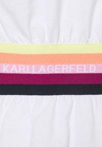 KARL LAGERFELD - RIB INSERT  - T-Shirt print - white - 2