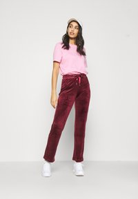 Gina Tricot - CECILIA TROUSERS - Træningsbukser - cordovan - 1