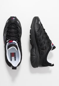 Tommy Jeans - RETRO - Sneakers - black - 1