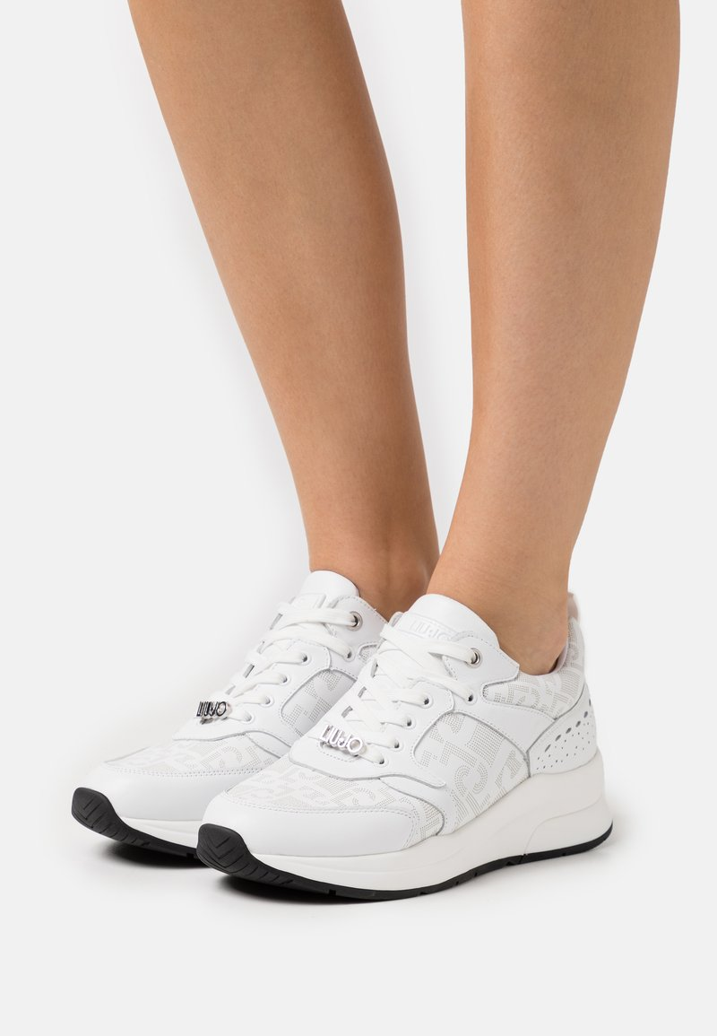 Liu Jo Jeans - KARLIE  - Sneakersy niskie - white