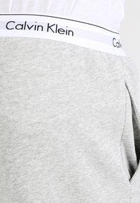 Calvin Klein Underwear - JOGGER - Pyžamový spodní díl - grey - 3