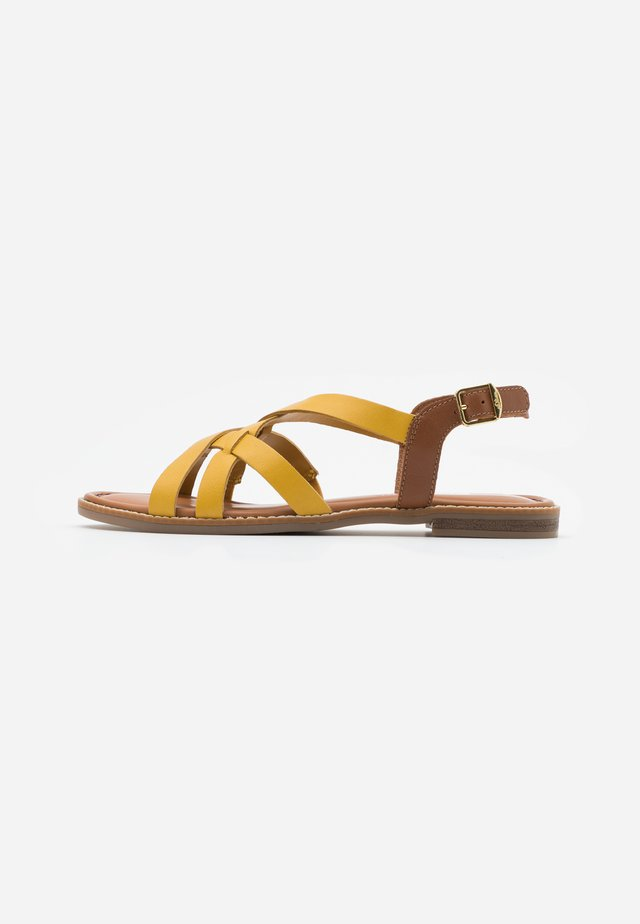 Sandalias - yellow/cognac
