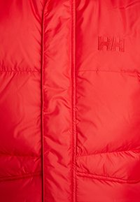 Helly Hansen - JACKET - Dunjakker - flag red - 7