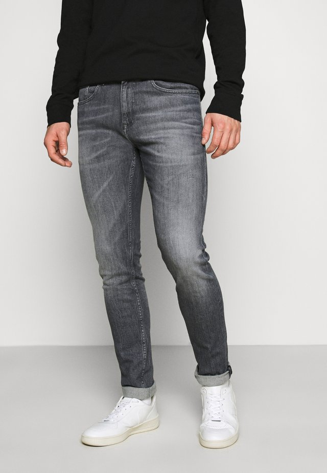 AUSTIN SLIM - Jeans Tapered Fit - midnight grey