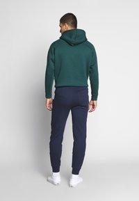 Lacoste LIVE - Teplákové kalhoty - navy blue - 2