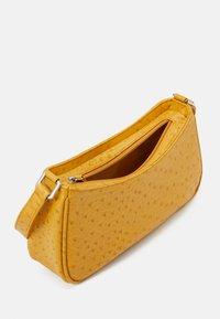 Monki - ODESSA BAG - Handbag - ostrich - 2
