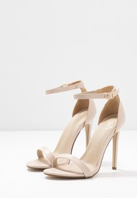Missguided - BASIC BARELY THERE - Sandały na obcasie - nude - 4