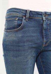 Selected Homme - SHNSLIM LEON - Jeans Slim Fit - medium blue denim - 3