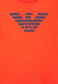 Emporio Armani - Print T-shirt - blu scuro - 2