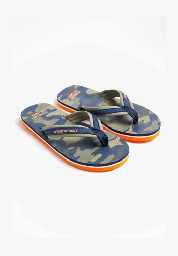 T-bar sandals - army green