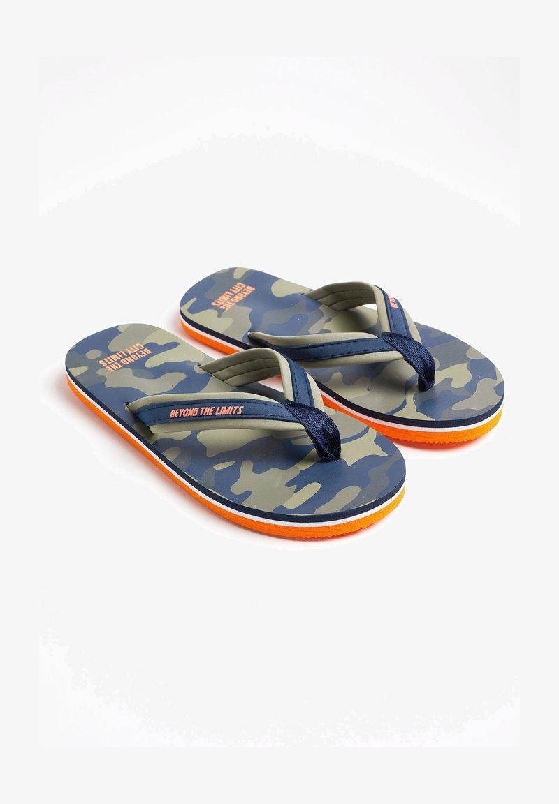 WE Fashion - T-bar sandals - army green