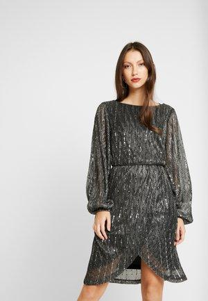 Day dress - silver