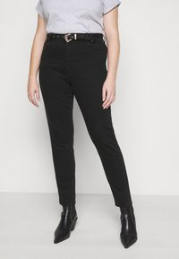 Pieces Curve - PCROSIE WESTEN BELT - Slim fit jeans - black - 0