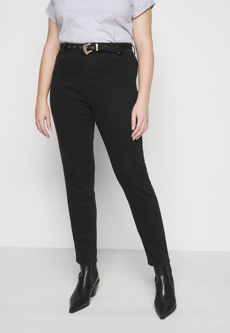 Pieces Curve - PCROSIE WESTEN BELT - Slim fit jeans - black