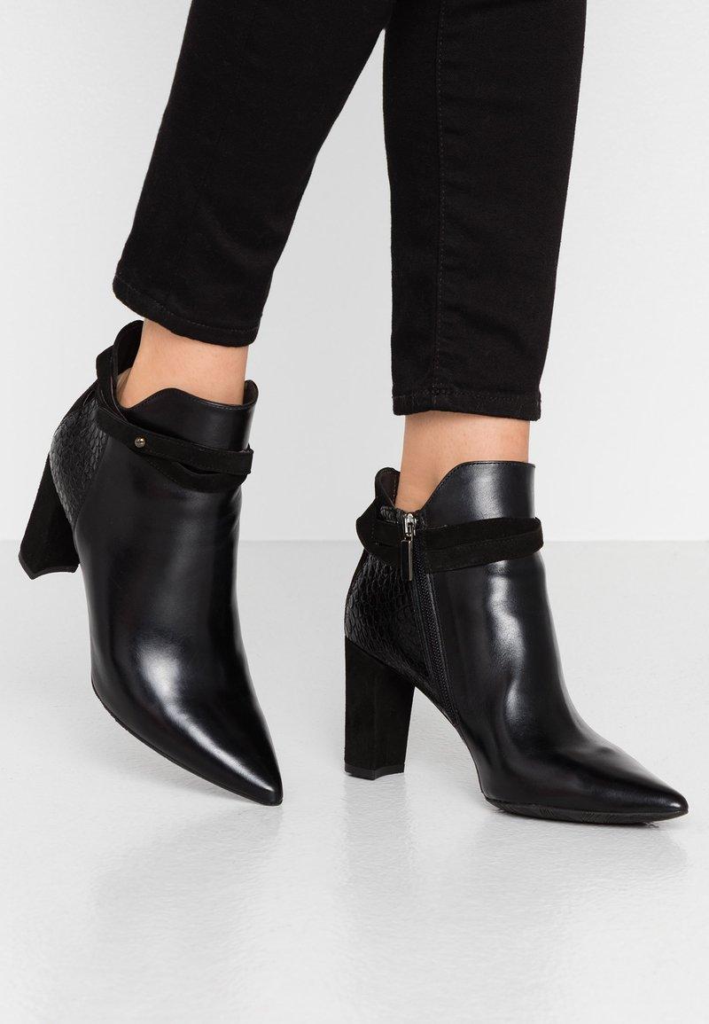PERLATO - High heeled ankle boots - noir