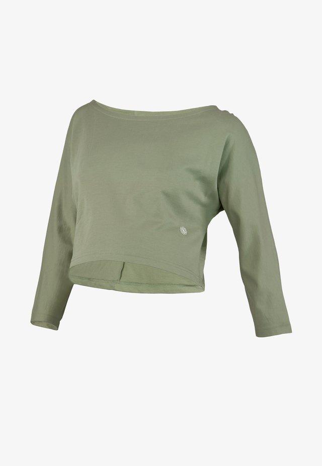 Sweater - oil green