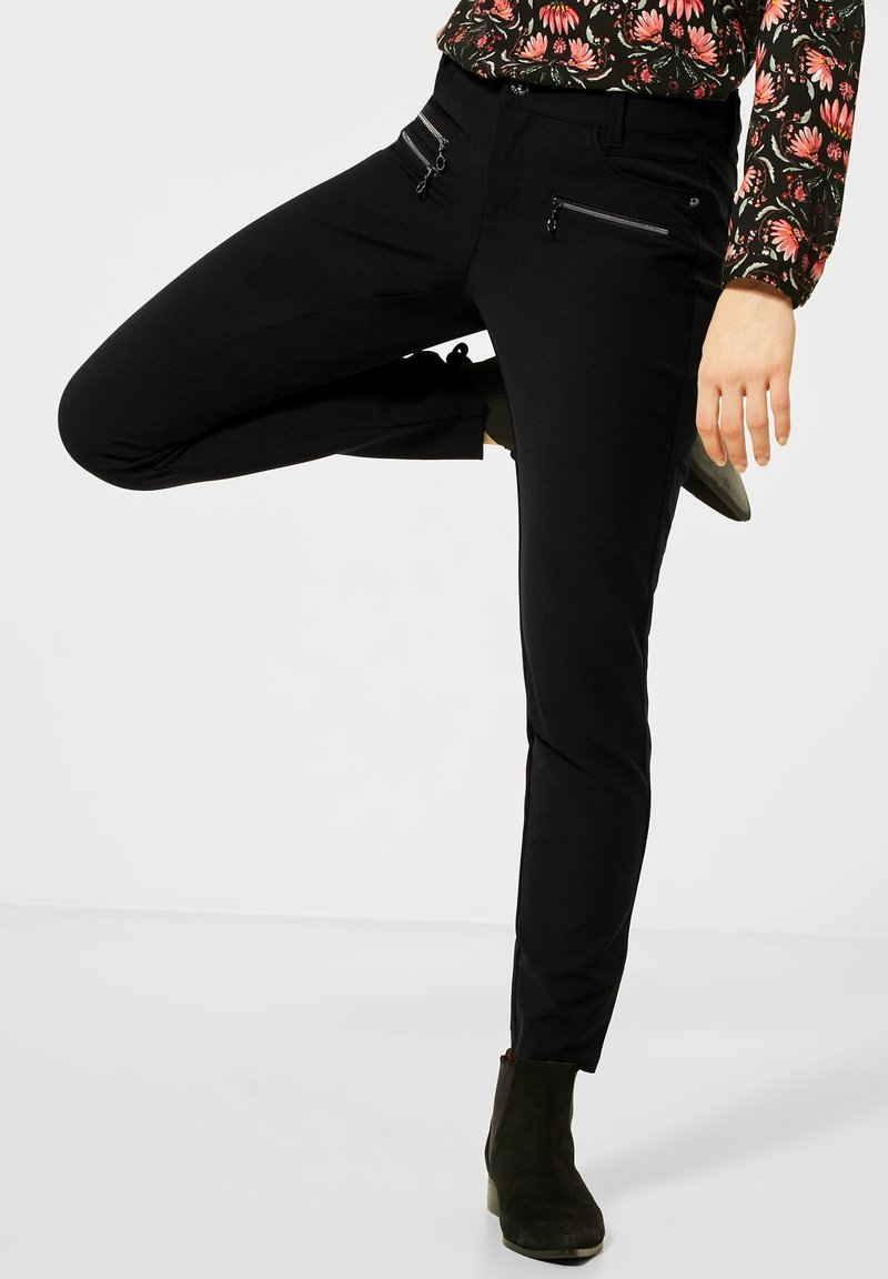 Street One - SLIM FIT  - Trousers - schwarz