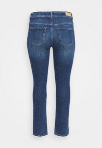 ONLY Carmakoma - CARKAYA LIFE POCKET - Slim fit jeans - dark blue denim - 1