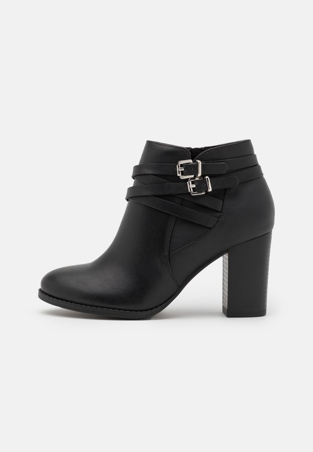 WIDE FIT WABERNATHY - Ankle boots - black