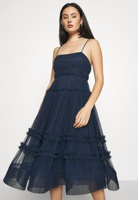 Lace & Beads - SHAY MIDI DRESS - Cocktailkjole - navy - 3