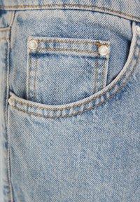 Bershka - Jeansy Straight Leg - blue denim - 4