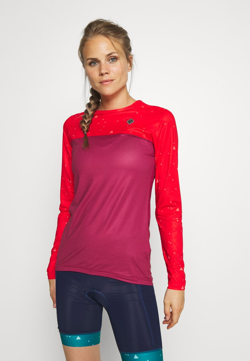 Triple2 - SWET NUL WOMEN - Langarmshirt - beet red