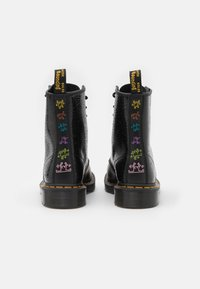 Dr. Martens - 1460 KH-8 EYE BOOT UNISEX - Veterboots - black - 2